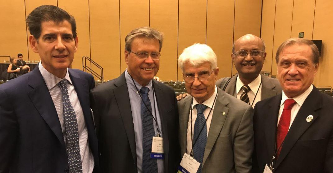 Dres. Piñal, Upton, Vilkky, Sabapahty y Jones durante la 72ª edición del encuentro anual de la ASSH