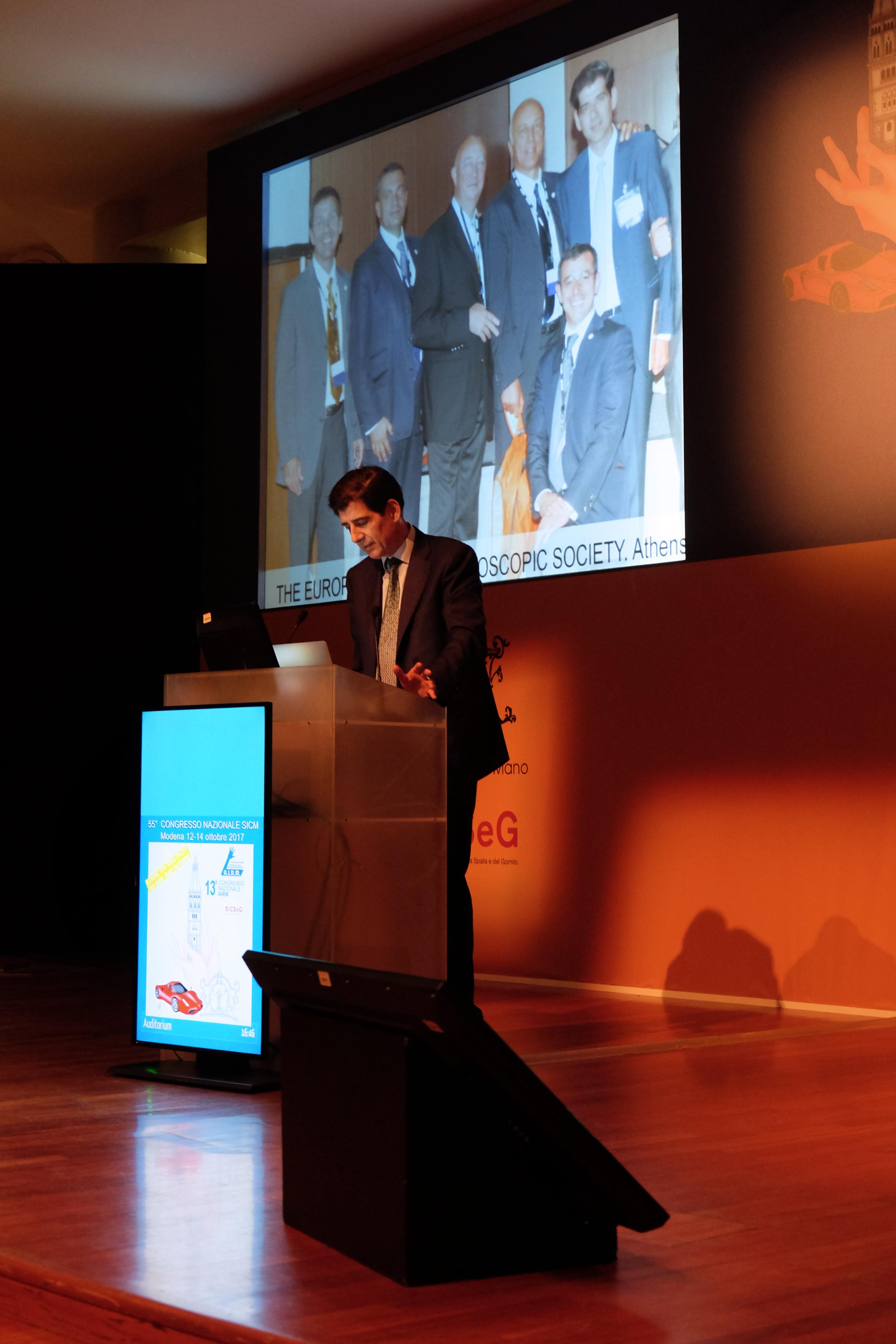 Dr. Piñal during the keynote speech 'A Bonola', 55th Congress of the SICM